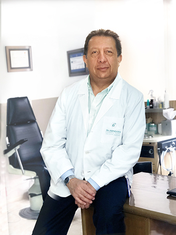 Dr. Ernesto Correa - Cirujano Plástico